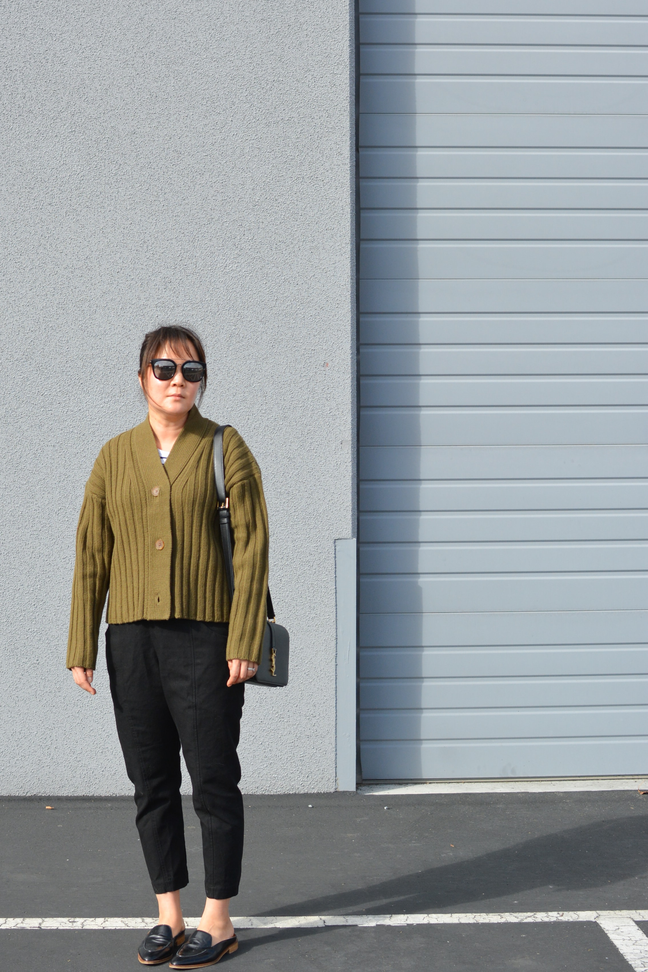 Everlane review the Wool-Cashmere Rib V-Neck Cardigan (6 of 6)-min (1).jpg