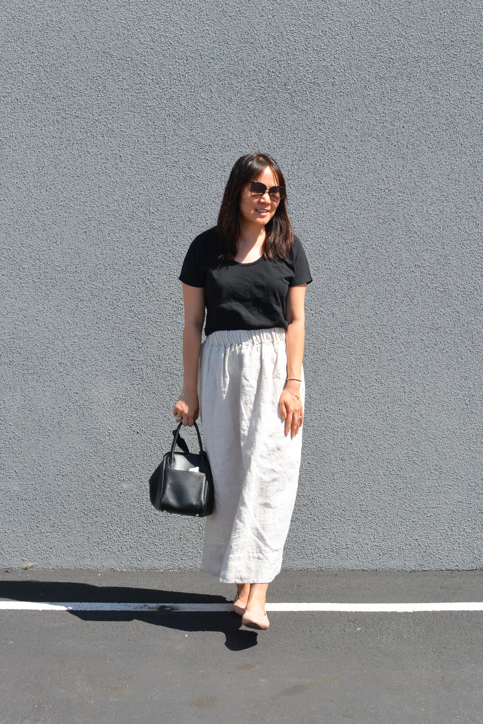 Elizabeth Suzann linen Bel skirt review (1 of 2)-min.jpg