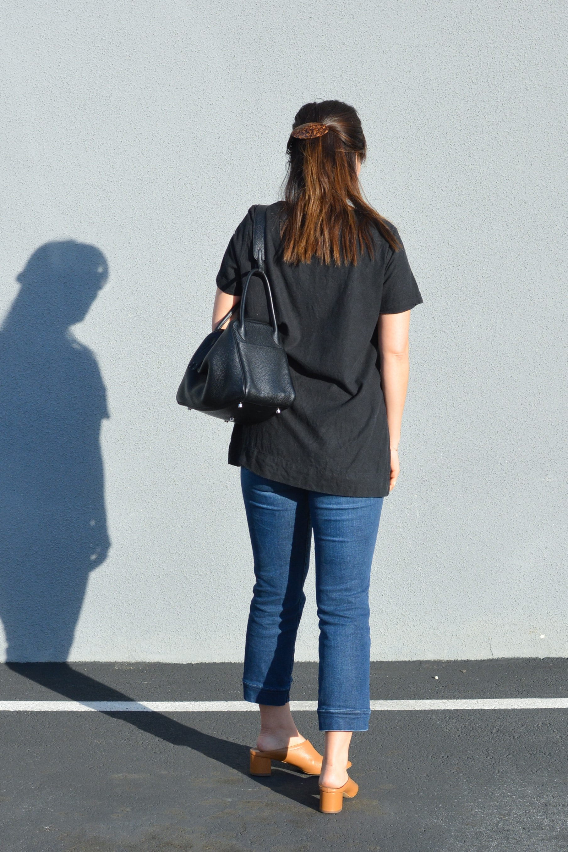 Jamie and the Jones Review The Stable Basic Split Tee Top  (6 of 6)-min.jpg