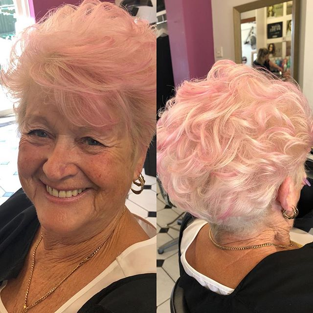 Lovely pink highlights on blonde hair! Done by Chrissy @trimmershairdressers #pinkhighlights #pinkandblonde