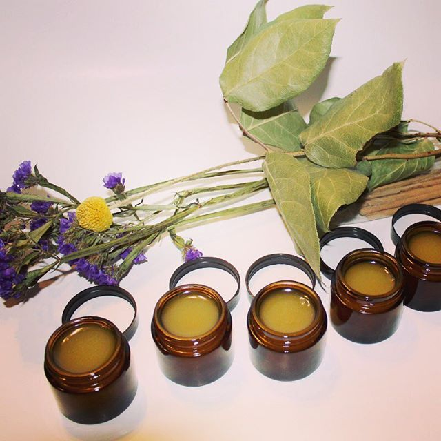 Always poring my heart and soul into these beauties.  This healing balm helps reduce eczema, sun burns, dark spots, and fine lines. Leaves skin super hydrated and glowing.  Great for dry, aging or sun damaged skin. An all together feel good balm where a little goes a long way. . . . . #beauty #naturalbeauty #herbalism #skincare #greenbeauty #beautybloggers #instabeauty #nature #cleanbeauty #botanicalbeauty #entrepreneur #girlboss #instalove