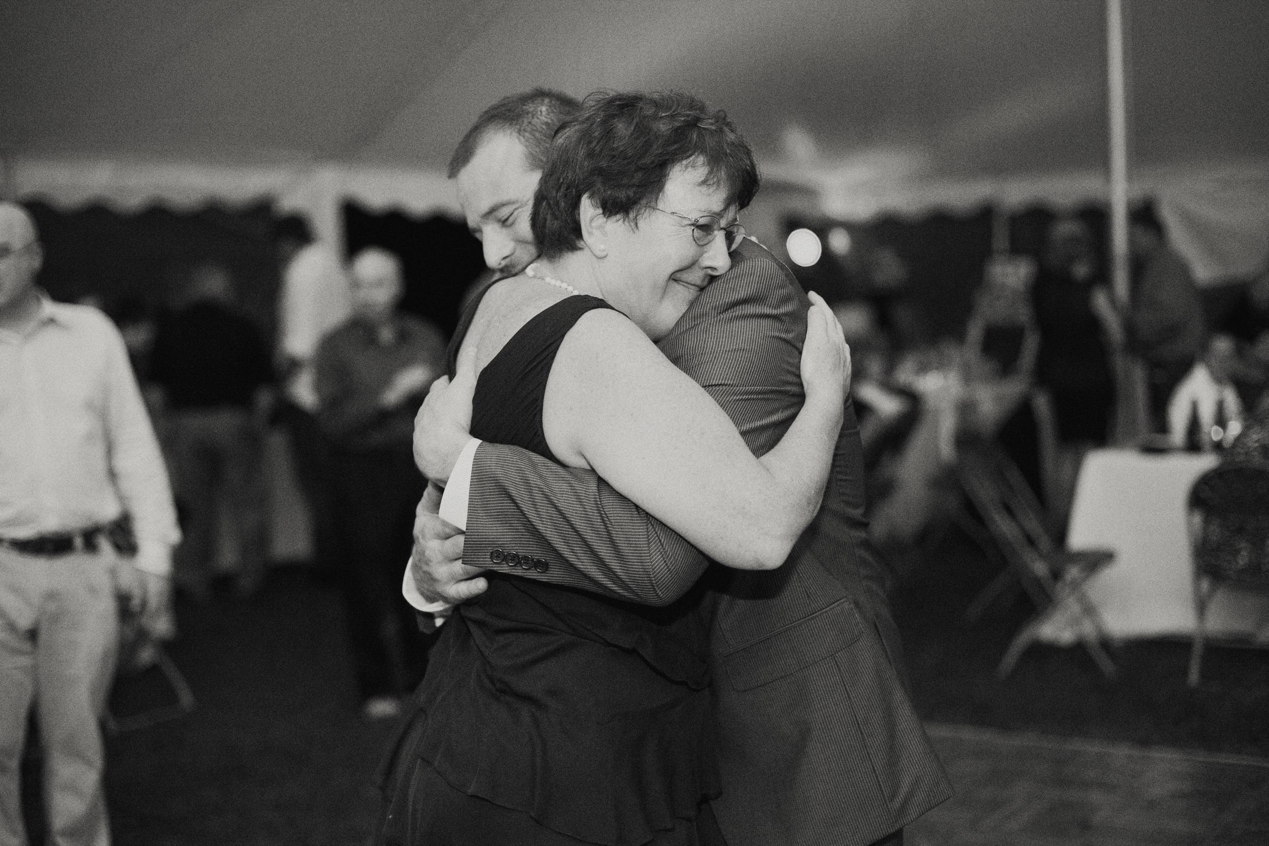 Bucks County backyard wedding photographer