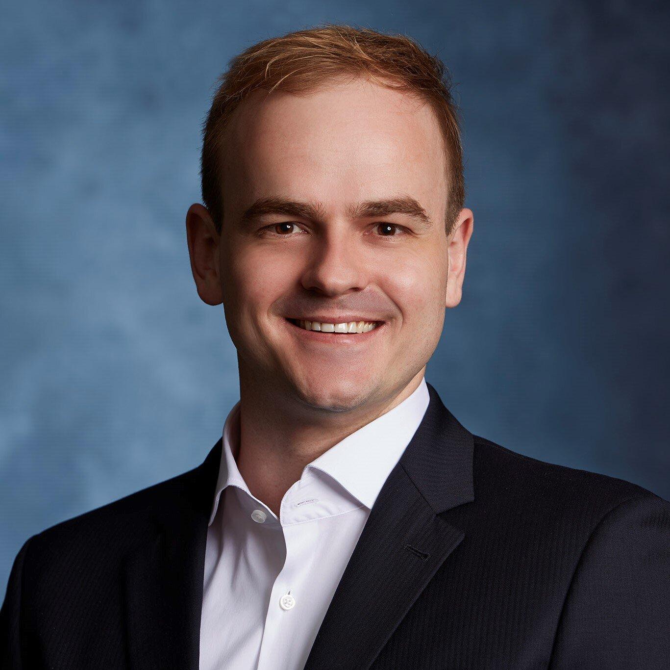 Henrique Schulz   Associate Manager  Digital Transformation  henrique.schulz at finbridge.de  +49 151 58062199   LinkedIn  |  Xing