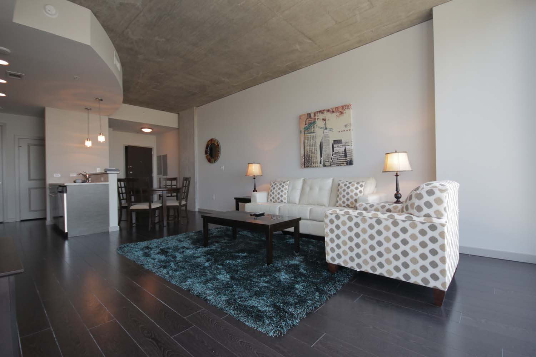 FO-Dallas-Glass-House-Apts06.jpg