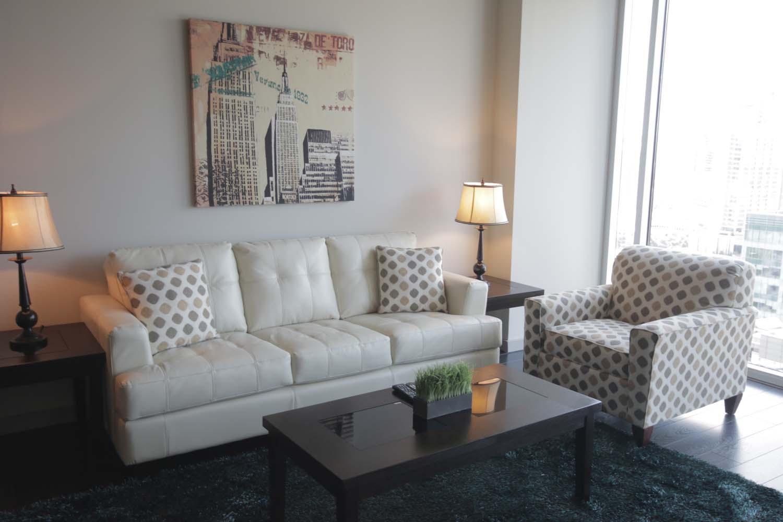 FO-Dallas-Glass-House-Apts17.jpg