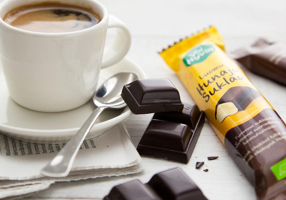 Packaging Design,Illustration  Voi Hyvin Honey Chocolates