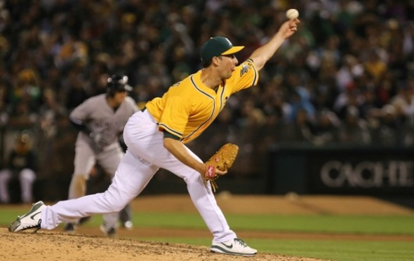 CBN's Melissa Couto talks Jeff Francis and his switch to the bullpen, Justin Morneau and his RBI milestone, Brett Lawrie's favourite ballparks, Travis Snider's Wednesday night pitching debut, and more in this week's ThrowinSmoke column
