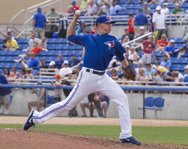 BLUE JAYS STARTER AARON SANCHEZ DELIVERS A PITCH DURING SPRING TRAINING ACTION . (John Lott/National Post)