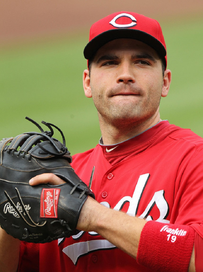 Joey Votto (Etobicoke, Ont.) former Etobicoke Ranger hit the 1,000-game mark with the Cincinnati Reds Sunday afternoon.