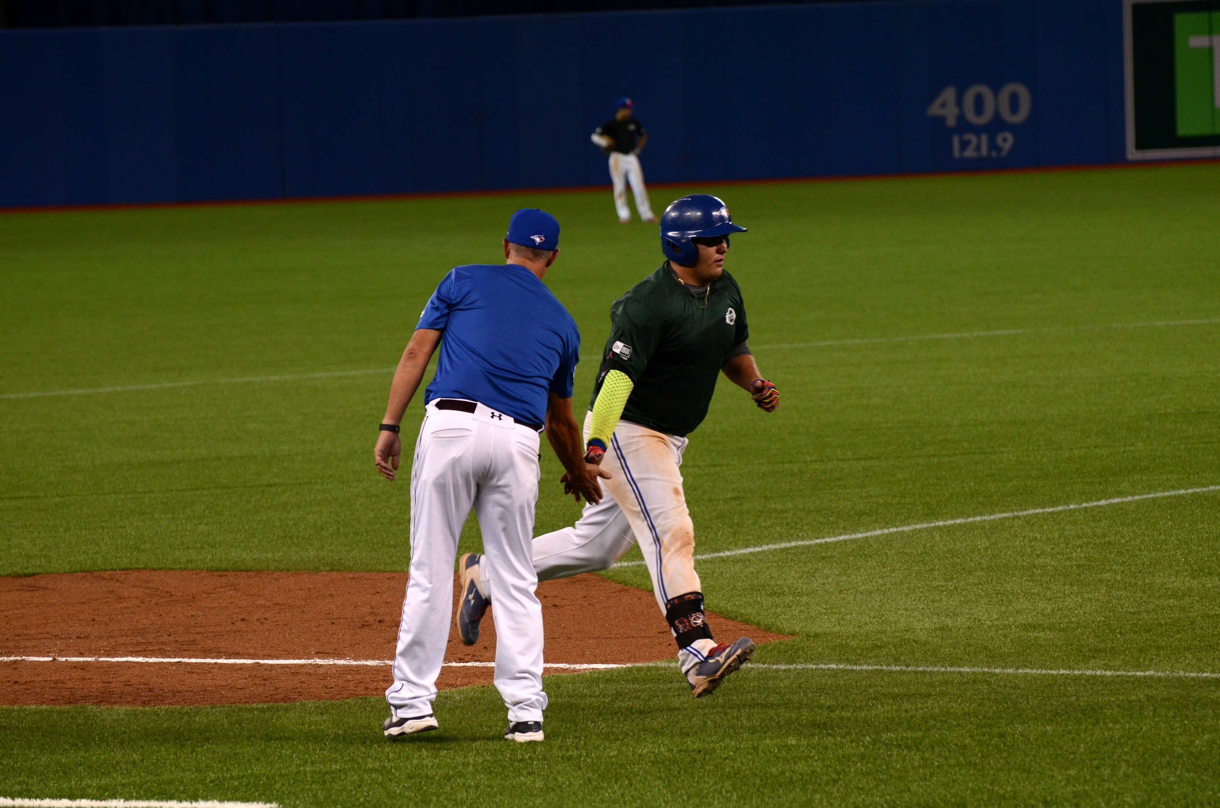 Ryan Rijo (North York, Ont.) of the Ontario Blue Jays rounds third on his game-winning two-run homer against Ontario Black in the sixth inning. Photo Credit: Jonathan Soveta