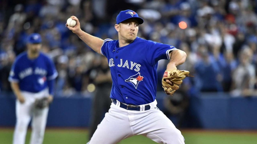 How thin is the Blue Jays bullpen? They had to turn to back-up INF Chad Pennington to get the final out in a 14-2 loss to the Kansas City Royals in Game 4 Pennington hit 90 mph, which was more velocity than R.A. Dickey.