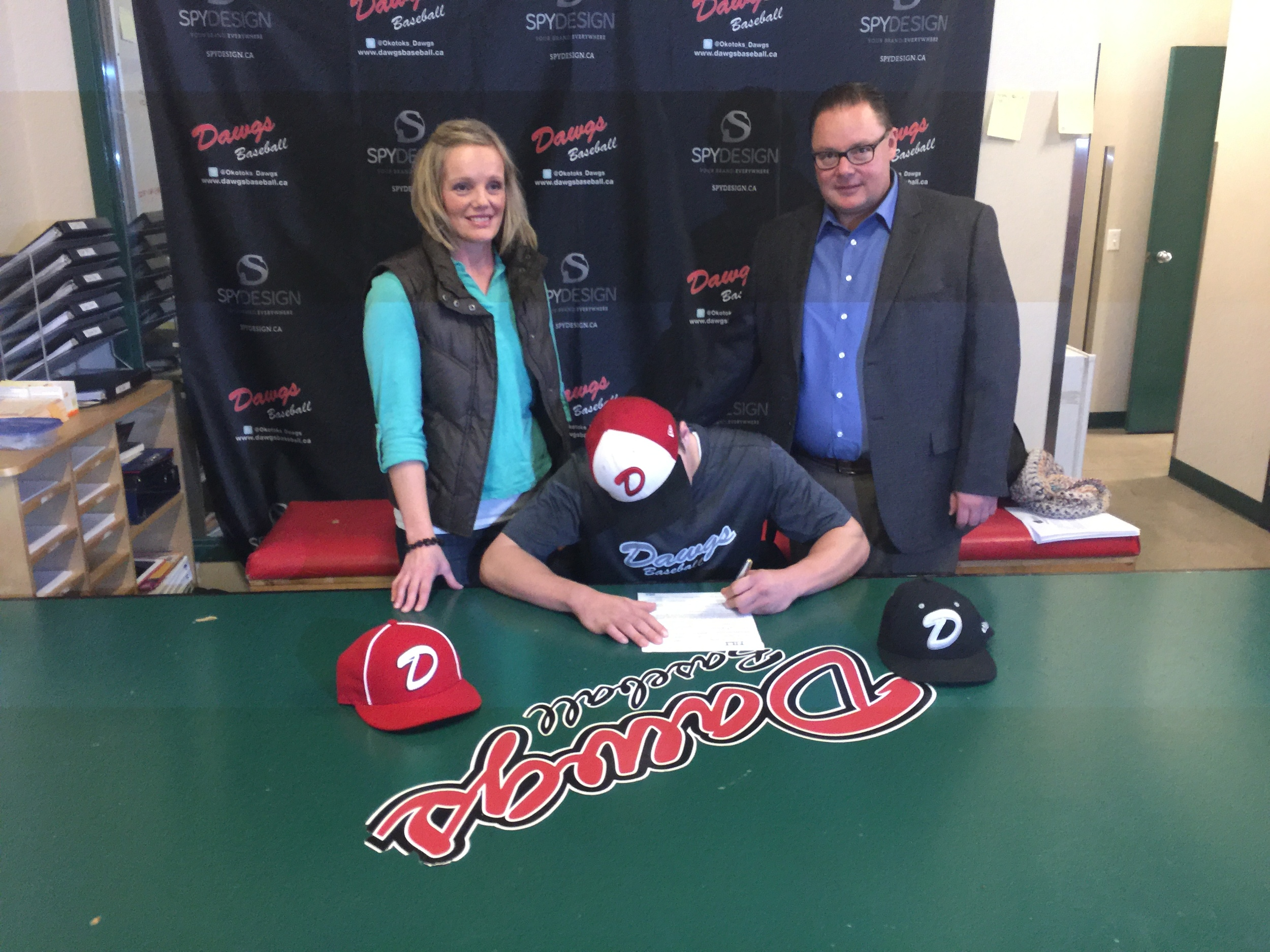 Parker Maxwell is headed to the Minot State Beavers.