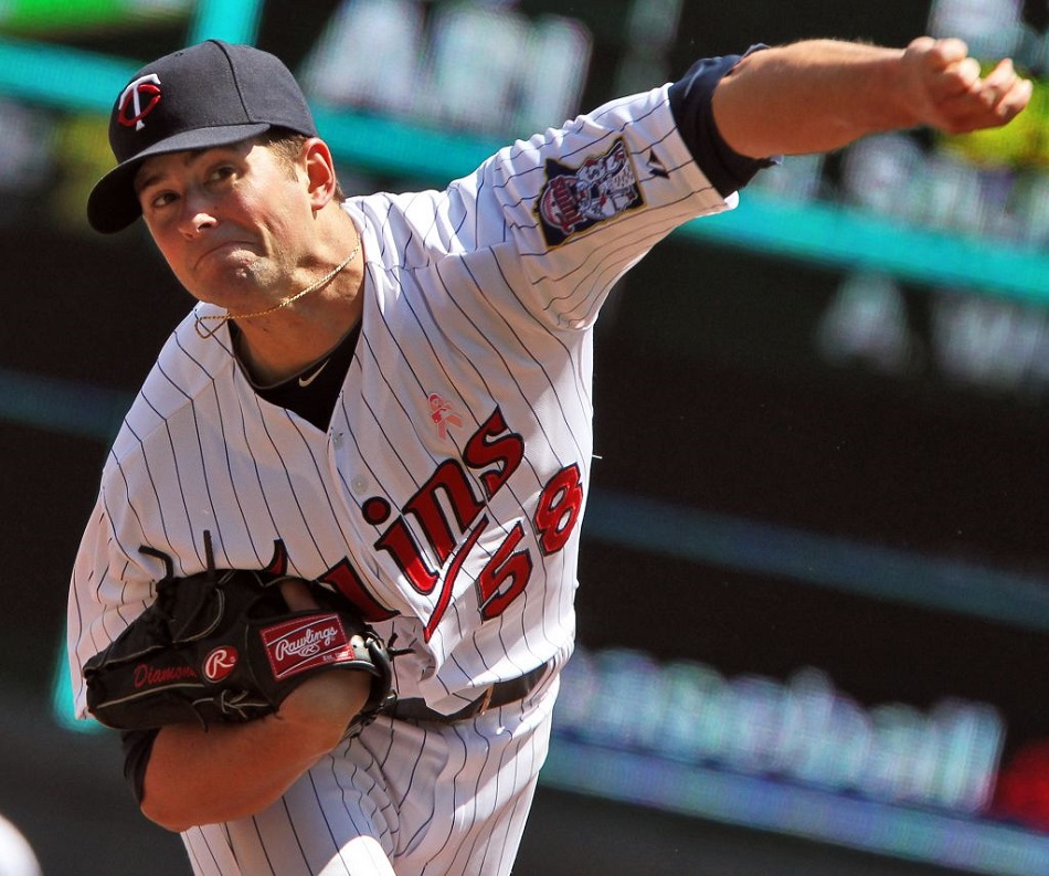 LHP Scott Diamond (Guelph, Ont.) former Team Ontario and Binghamton Bearcat baby face has been signed by the Blue Jays.