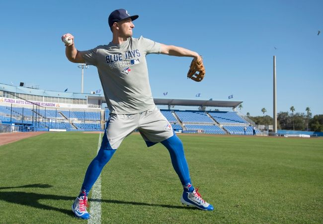 Troy Tulowitzki and the rest of the Blue Jays are busy preparing for the season. So too should Blue Jays fans. (photo: The Canadian Press / Frank Gunn