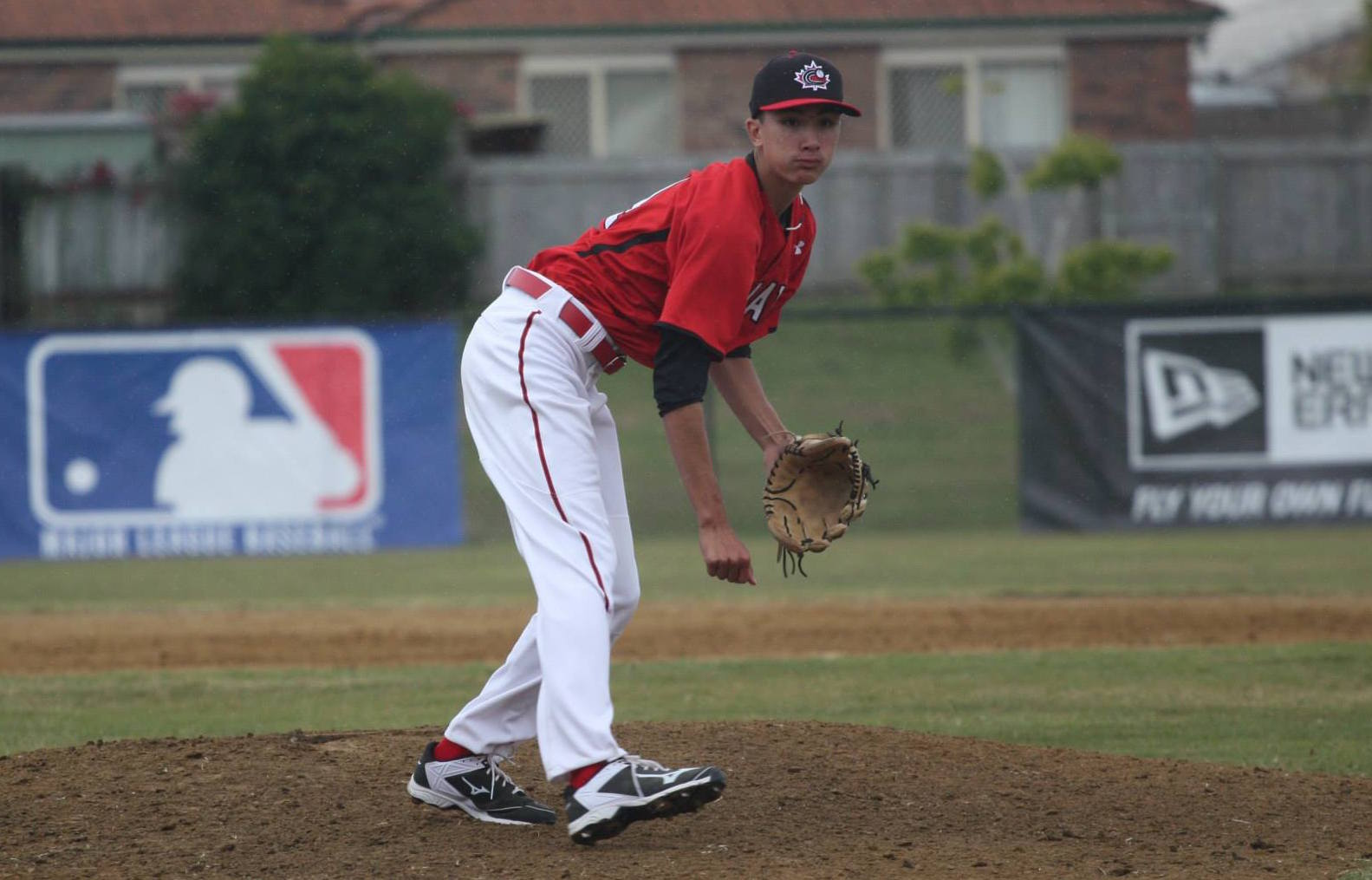 RHP William Sierra (Montréal, Que.), shown here pitching in Australia as a lead-up to last year's World 18U in Osaka, scattered two hits and struck out four over two innings as the Canuck junior knocked off Puerto Rico 11-1.