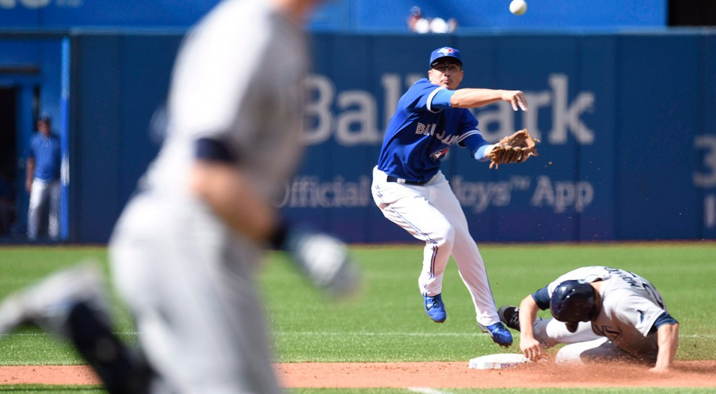 DARWIN BARNEY - LIKE RYAN GOINS - HAS ALWAYS BEEN KNOWN FOR HIS DEFENCE. BUT THAT MAY CHANGE IN 2016. (PHOTO: SPORTSNET.CA)