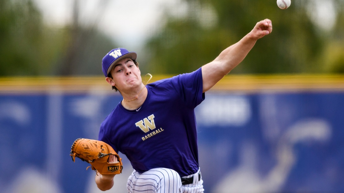 North Shore Twins grad LHP Jack DeCooman (North Vancouver, BC) has reached the College World Series in Omaha with the Washington Huskies.