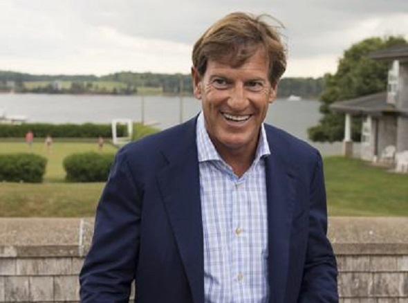 Steven Bronfman holss the key to bring baseball back to Montreal.