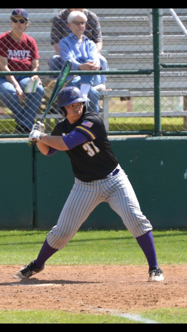 Former Whalley Chief Owen Napieralski (Delta, BC) knocked in six runs for the LSU Shreveport Pilots.