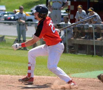 Toronto Mets alum Liam Hicks (Toronto, Ont.) had three hits, four walks and four runs in three games for the Mineral Area College Cardinals. Photo: Daily Journal