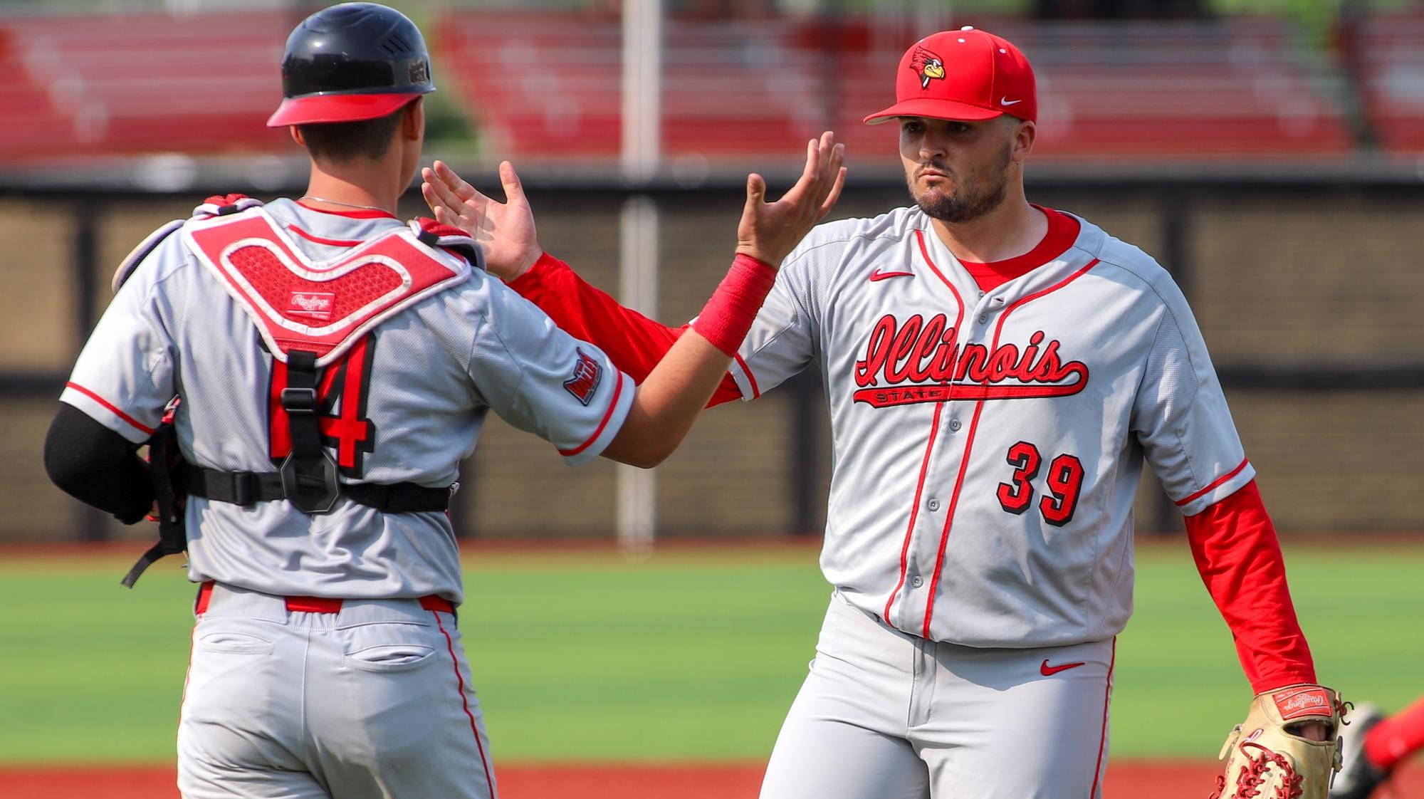 Great Lake Canadians alum Dalton Harvey (Cambridge, Ont.) (right) posted a 3.18 ERA and picked up a win in two appearances for Illinois-State in their Louisville Regional tournament. Photo: Illinois State Athletics