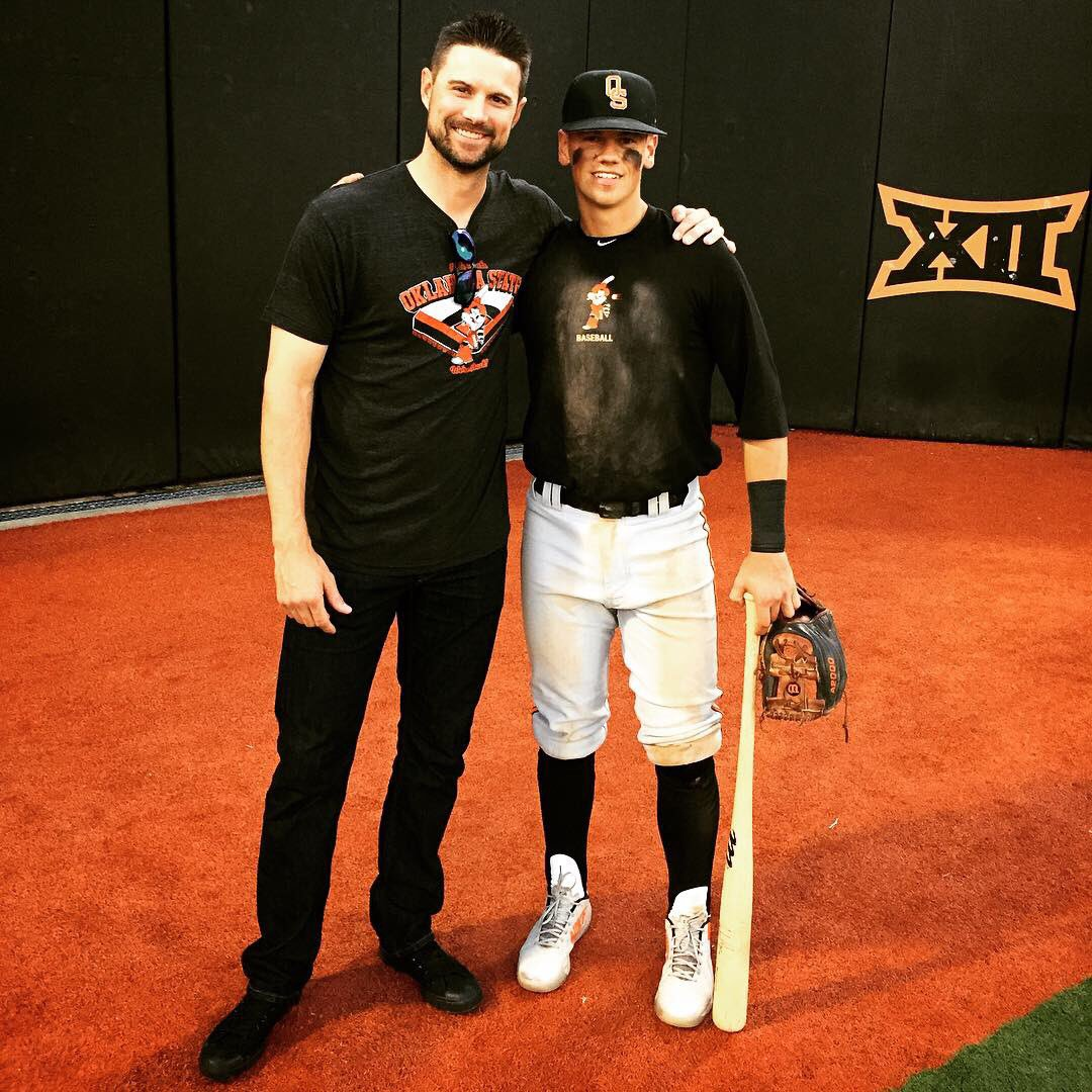 Ontario Blue Jays alum Max Hewitt (Midhurst, Ont.), shown here on the right with Detroit Tigers shortstop Jody Mercer (left), batted .303 in 33 games for Oklahoma State this year. Photo: Oklahoma State Athletics