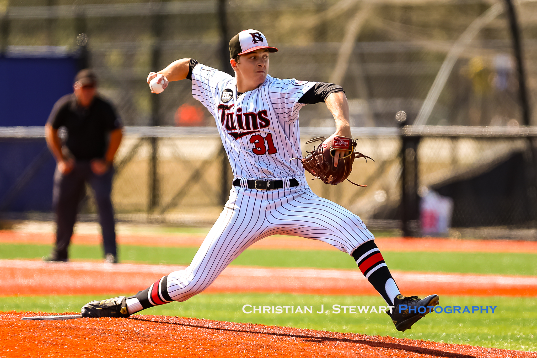 Liam Bates went the distance in the Twins victory over the Pirates. Photo: Christian J. Stewart.