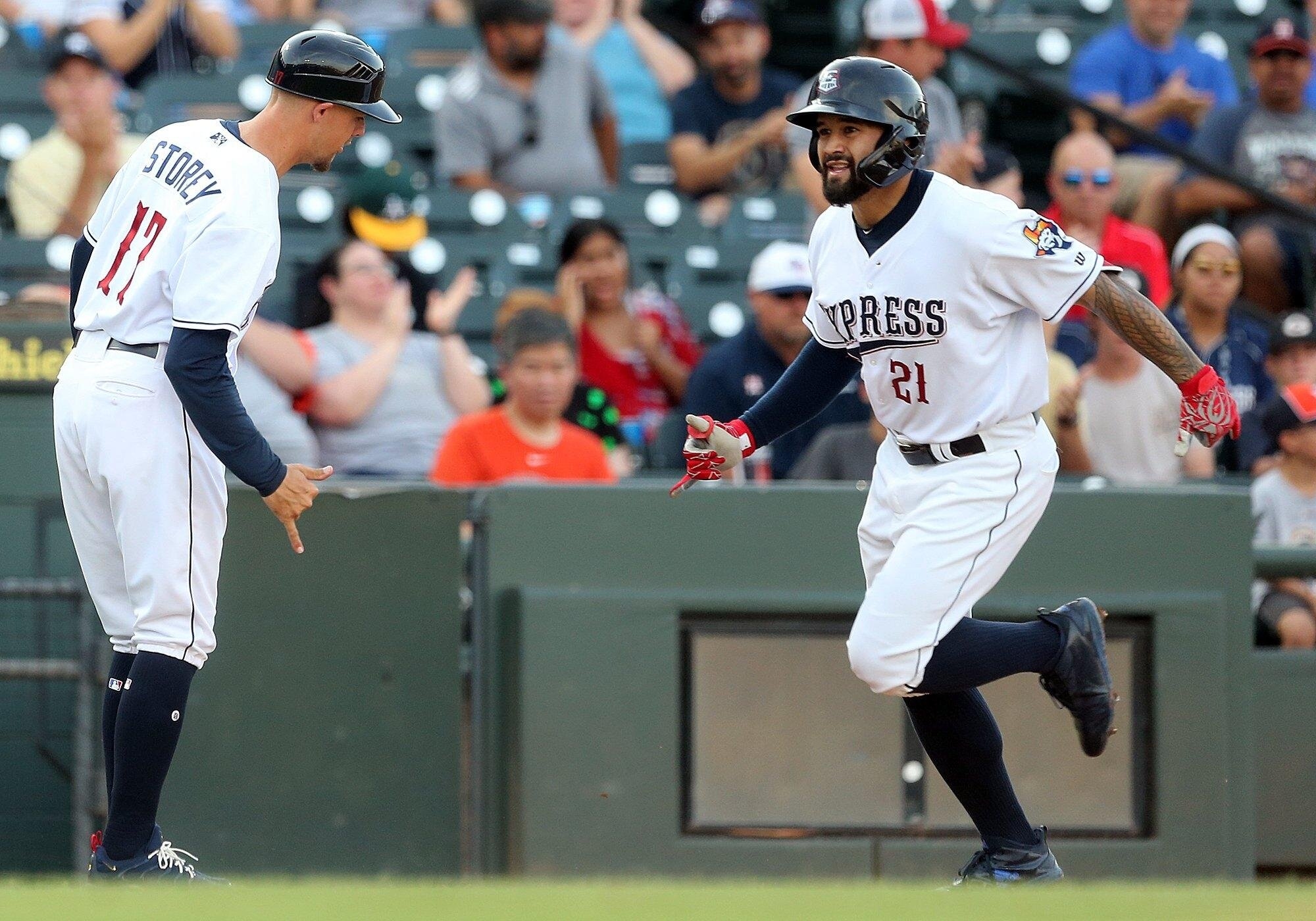 3B Abraham Toro (Longueuil, Que.) hit .424 with a home run and 10 RBIs with the Triple A Round Rock Express before being promoted to the Houston Astros. Before that he hit .306, with 16 homers and 70 RBIs with the Double A Corpus Christi Hooks.