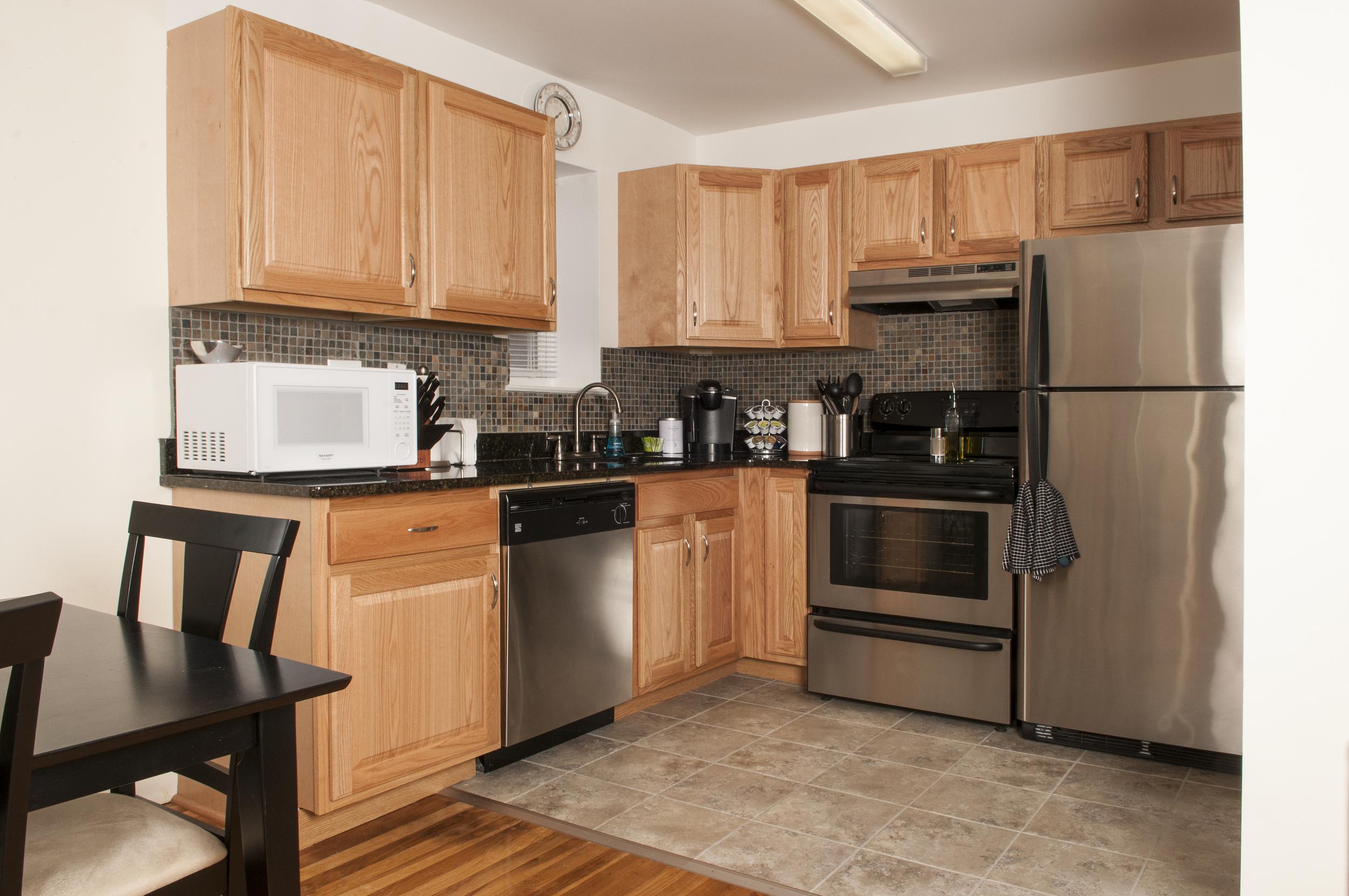 315CentralAve_Kitchen.jpg
