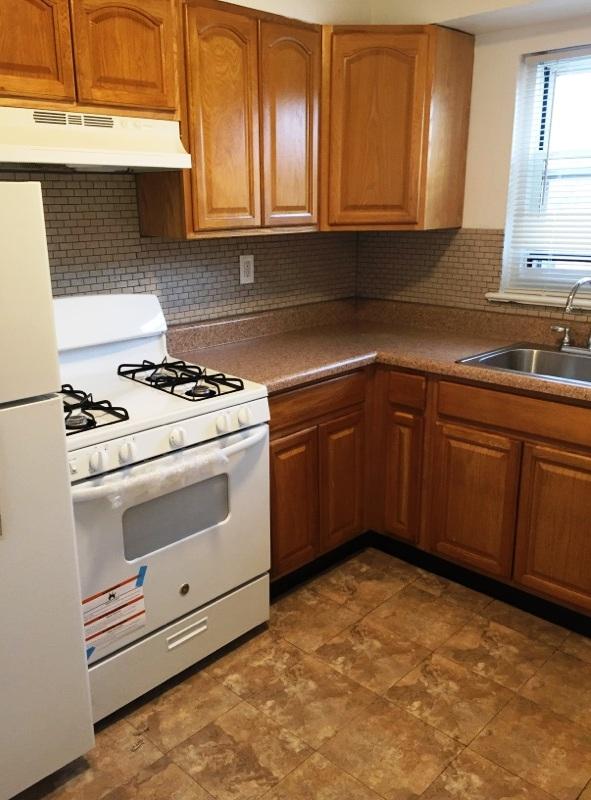Esplande 2br kitchen.jpg