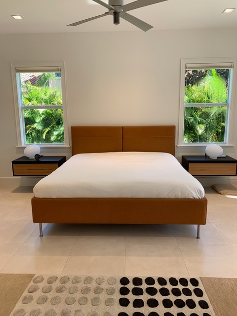 Austroflex mattress with austroflex 3 -motor adjustable bed system installed in customer's leather bed frame. Perfect!