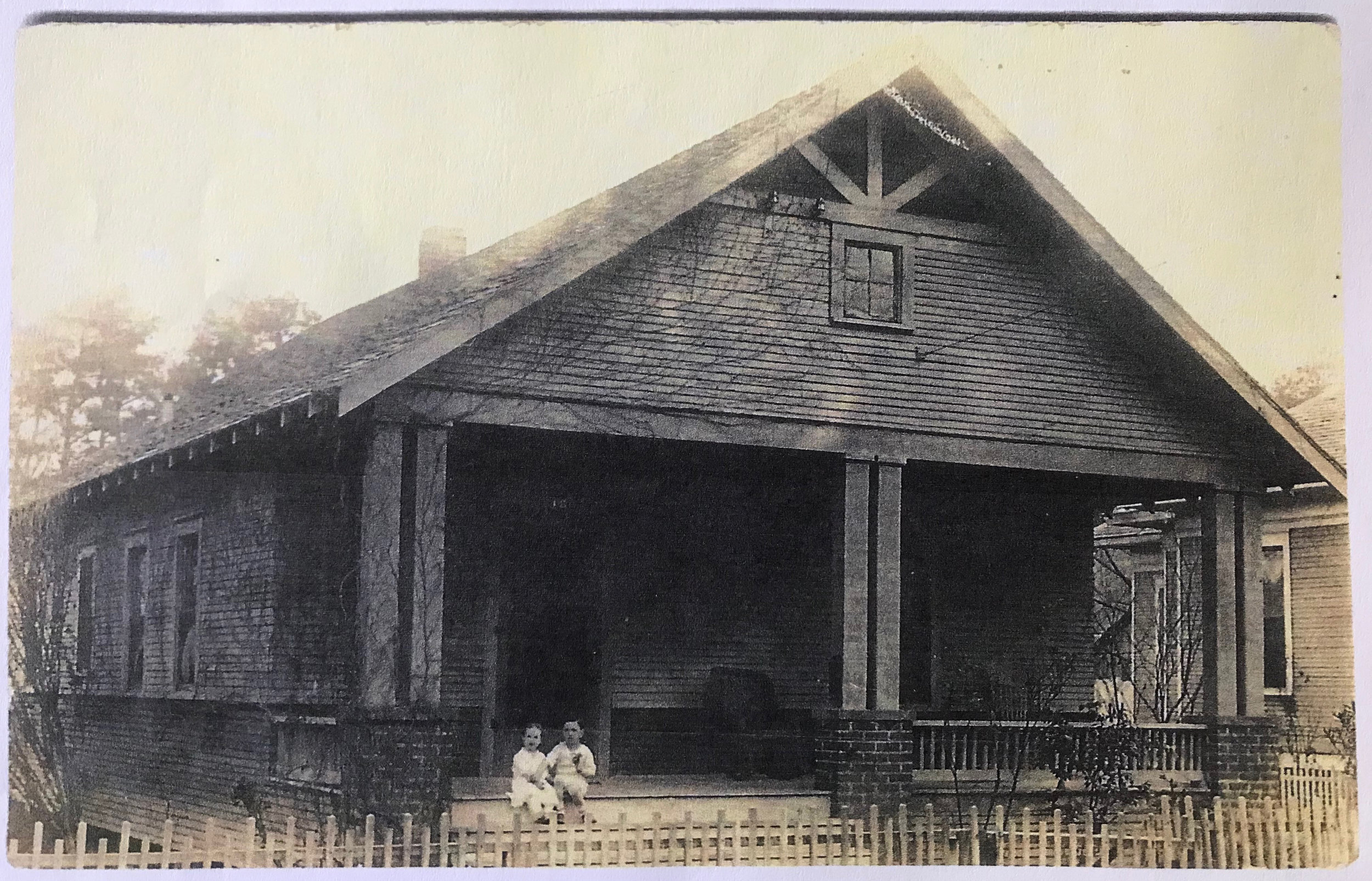 OriginalHouse1919.jpg