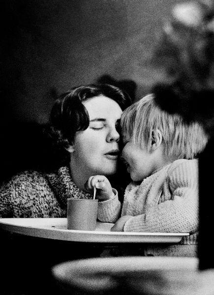 Mum_and_baby_1.jpg