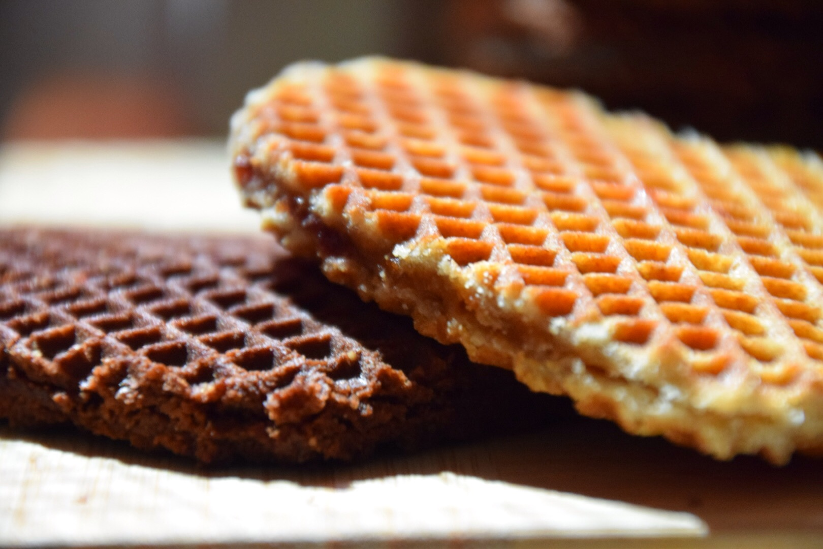 Chewy wafel cookie with yummy caramel in the middle. What's not to like?        SHOP THEM NOW