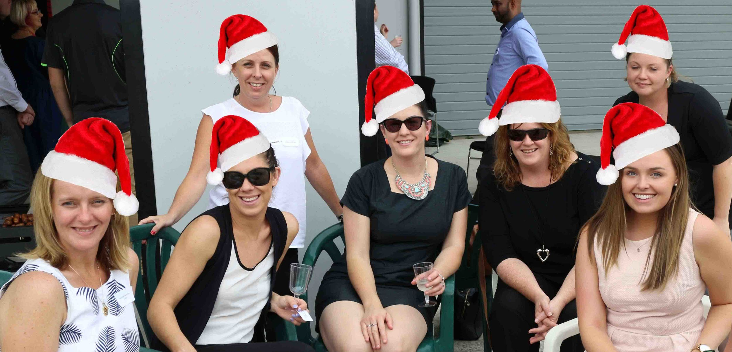 h2-insurance-solutions-2015-Christmas-party10.JPG