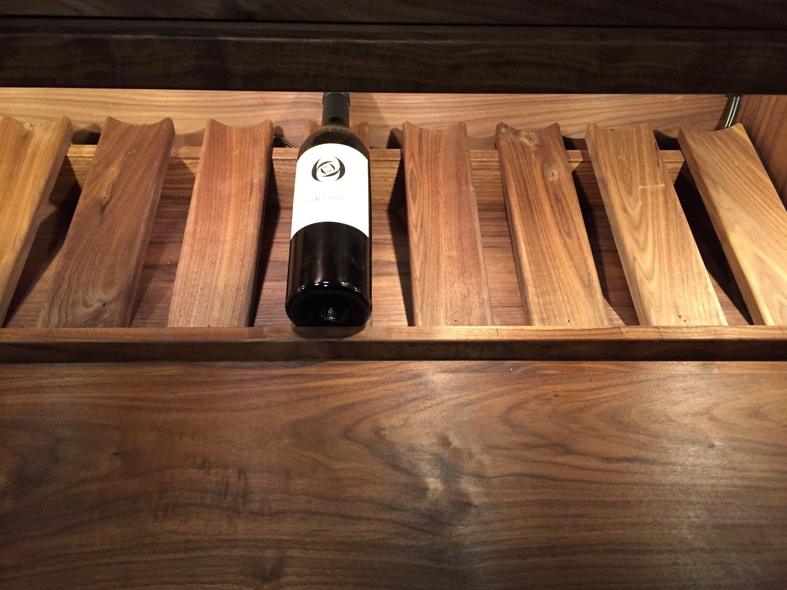 Individual bottle trays