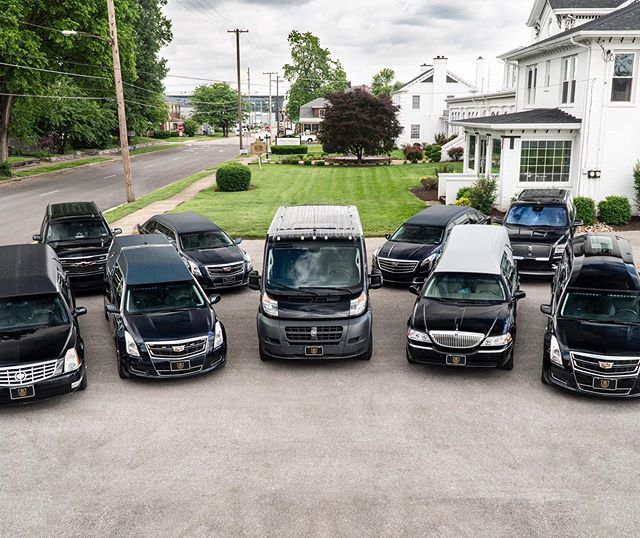 We have just as many @chrysler Pacificas as we do @cadillac and @lincoln professional vehicles. 📸: @wboymedia #sponsorship #mortician #musician