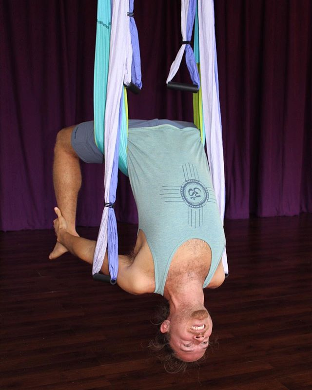 Laurent is an awesome guy.  He also knows how to get you comfortable stretching with silks and afterword, a guided meditation and sound bowl bath by Rikki.  This Wednesday evening we'll be hosting a Cocoon Meditation with gentle movement, breathing and a relaxing sound meditation to close.  You will feel loose, relaxed and happy afterwords.  Wednesday evenin' guys.  We have 15 silks so reserve your spot on the site ❤️ Cocoon Meditation this Wednesday.  www.inhalemiami.com  We can't wait to see you 💙