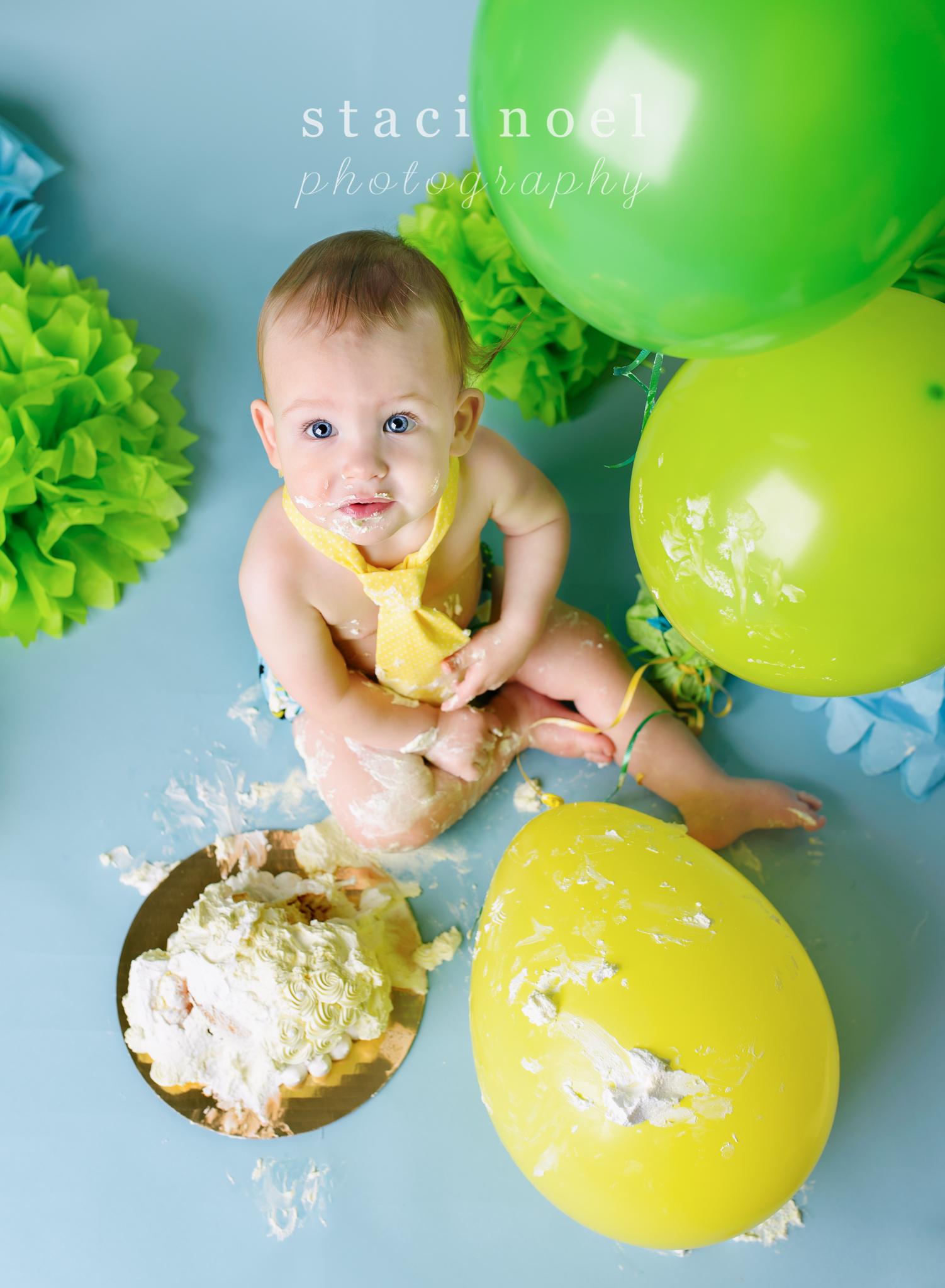 charlotte baby photographer cake smash 12