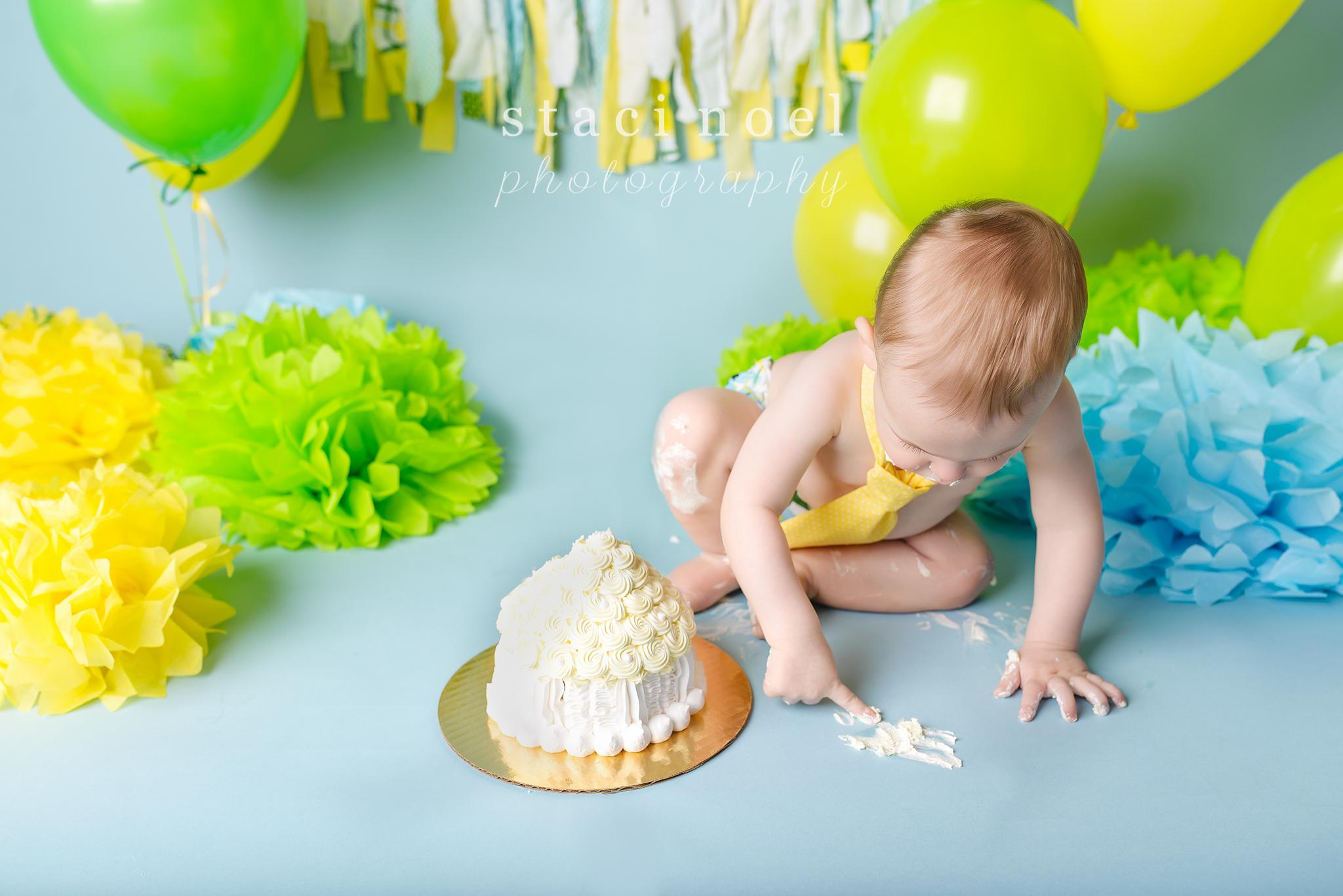 charlotte baby photographer cake smash 8