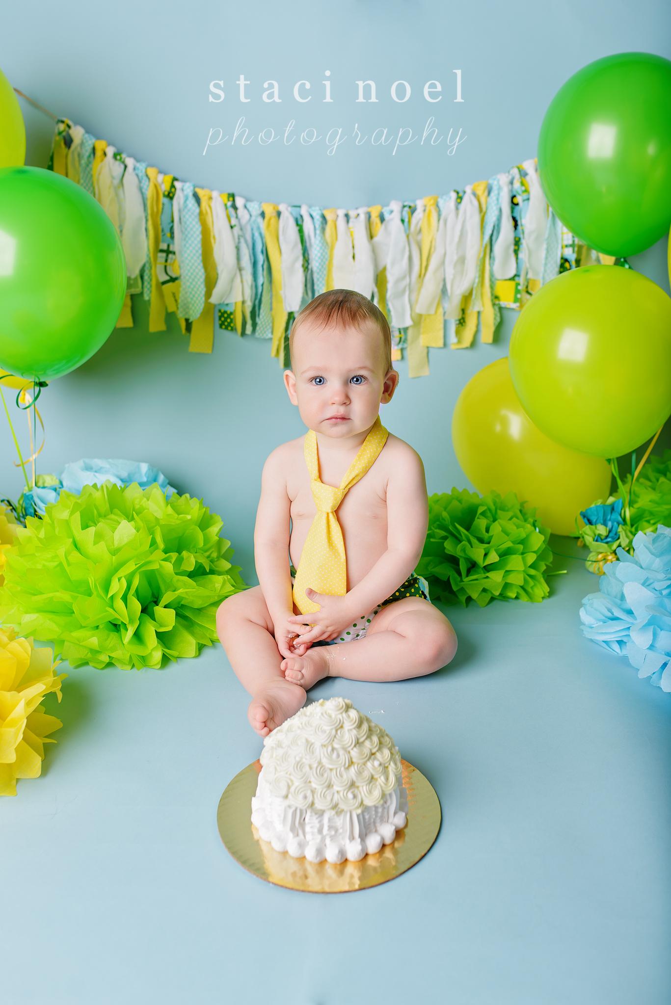 charlotte baby photographer cake smash 6