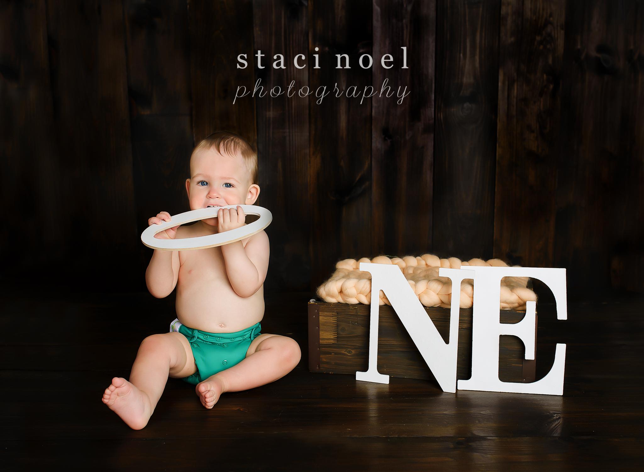 charlotte baby photographer cake smash 5