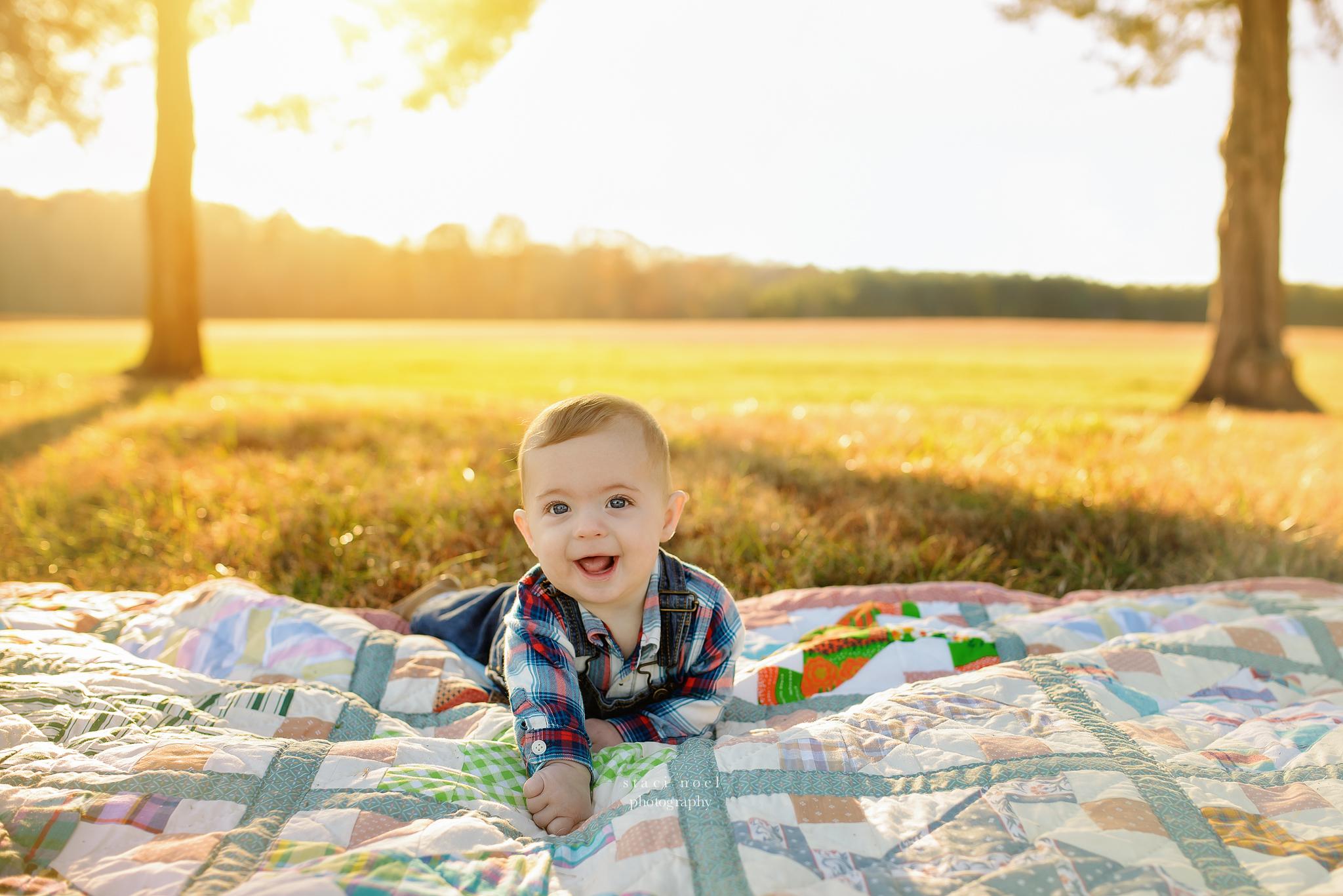baby boy on blanket staci noel photography