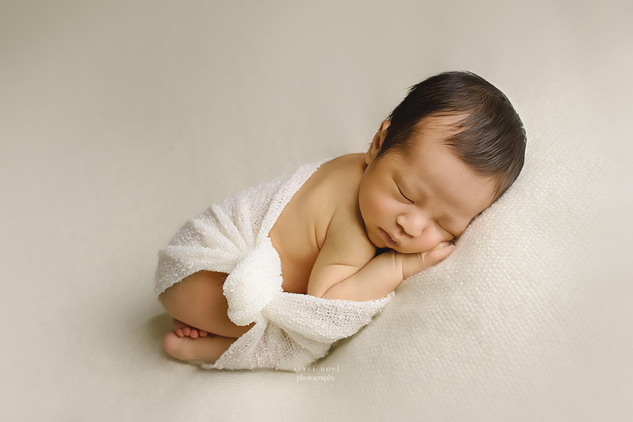 charlottephotographer.staci noel.newborn.baby.4-2.jpg