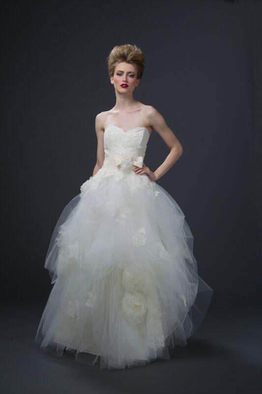 white swan sareh nouri 1.jpg