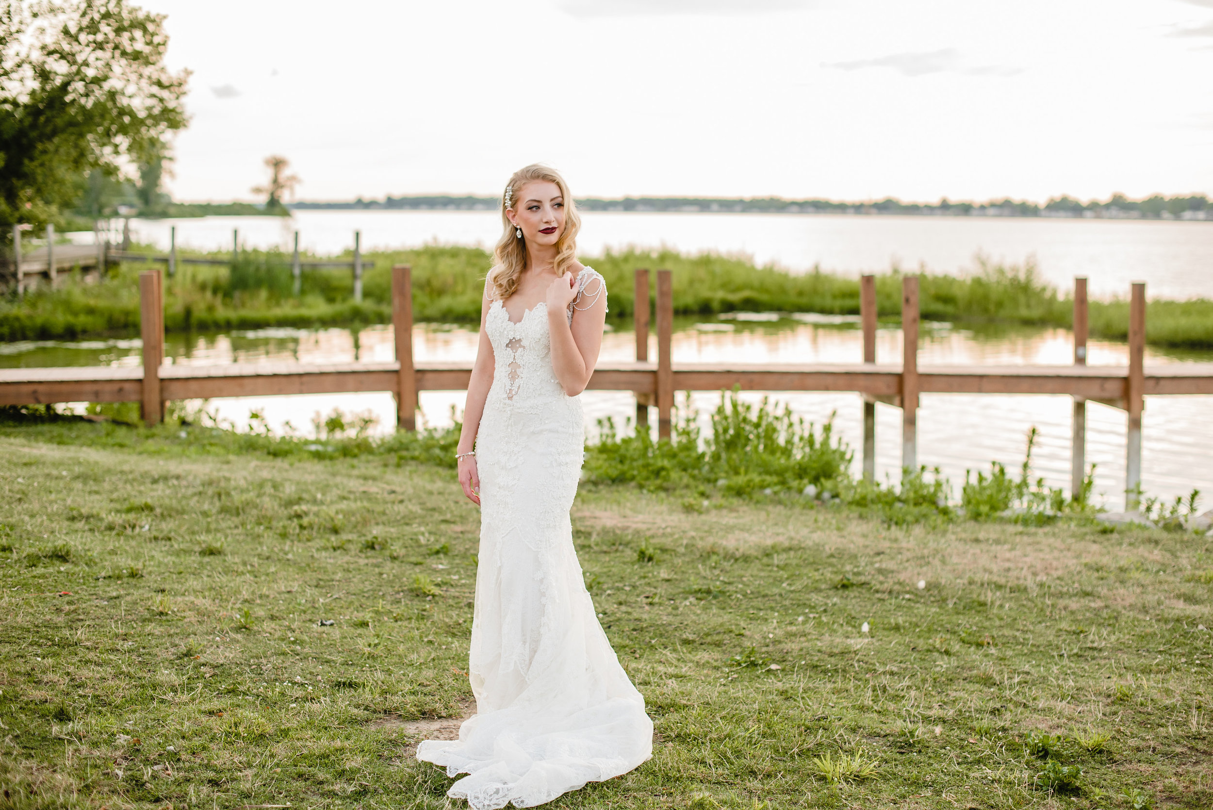 Pictured : Style 1559 by  Eve of Milad  y  | Photography  Ashley D Photography