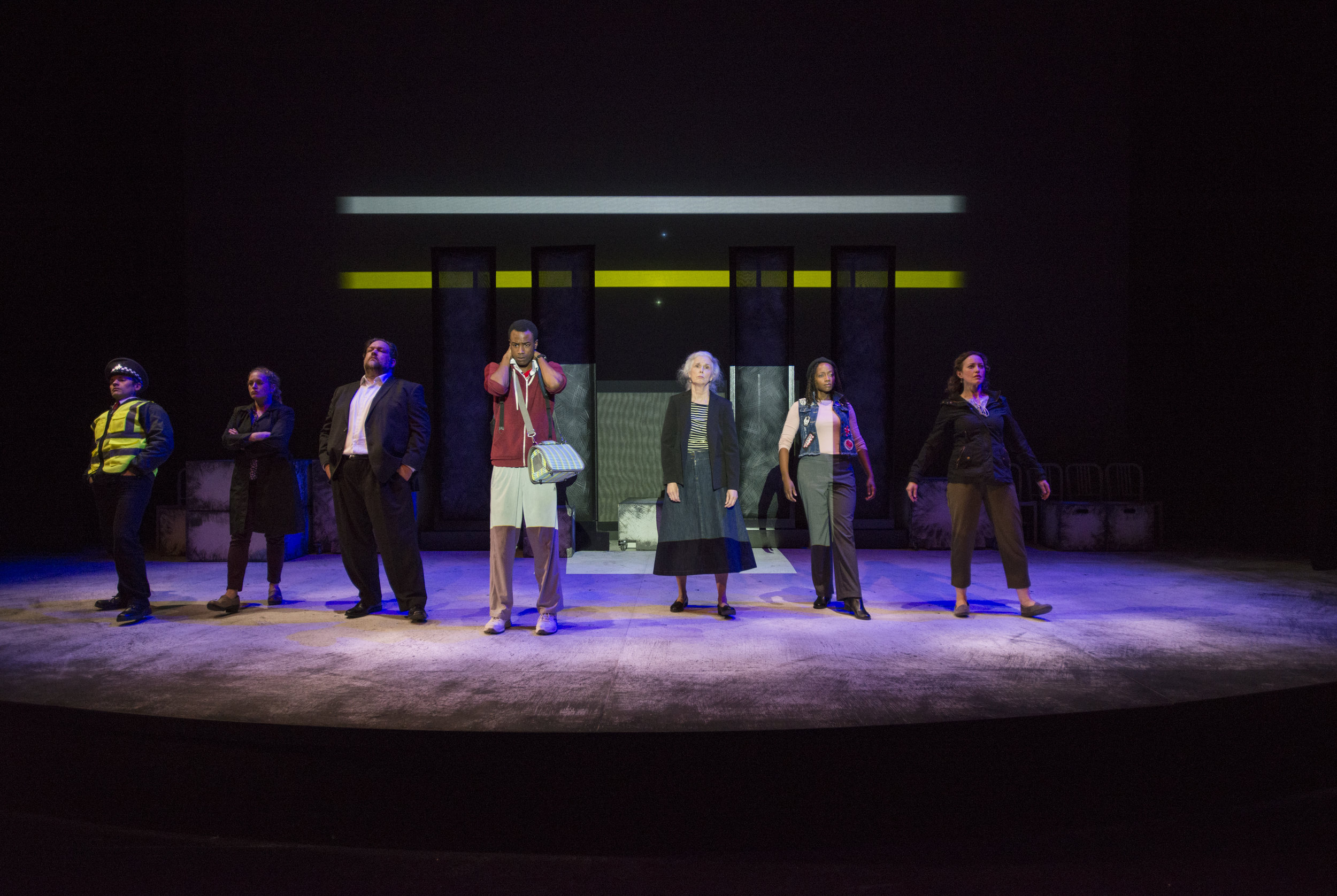 The Curious Incident of the Dog in the Night-Time, Steppenwolf Theatre, directed by Jonathan Berry. Photo by Michael Brosilow.