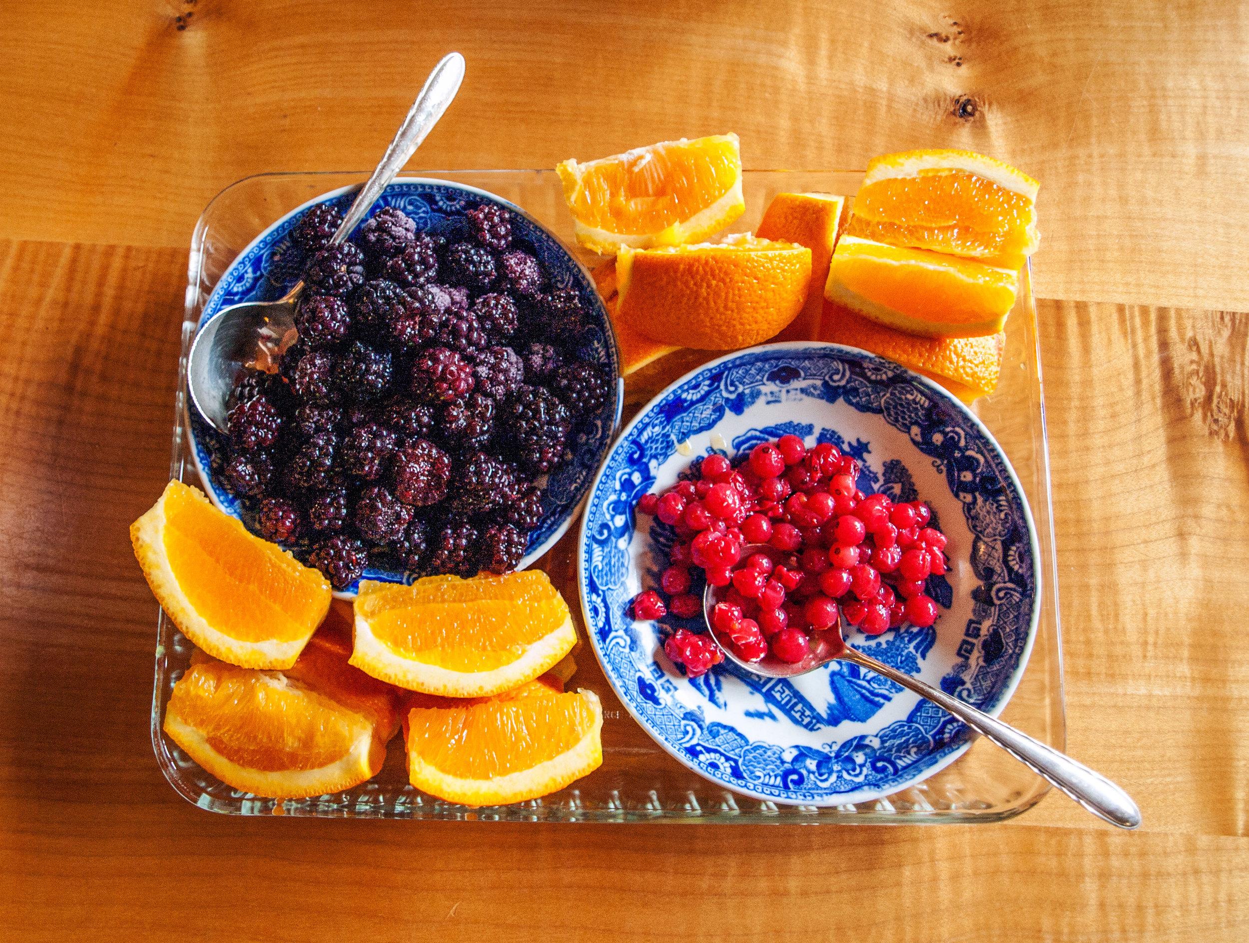 Seasonally available fresh fruit.