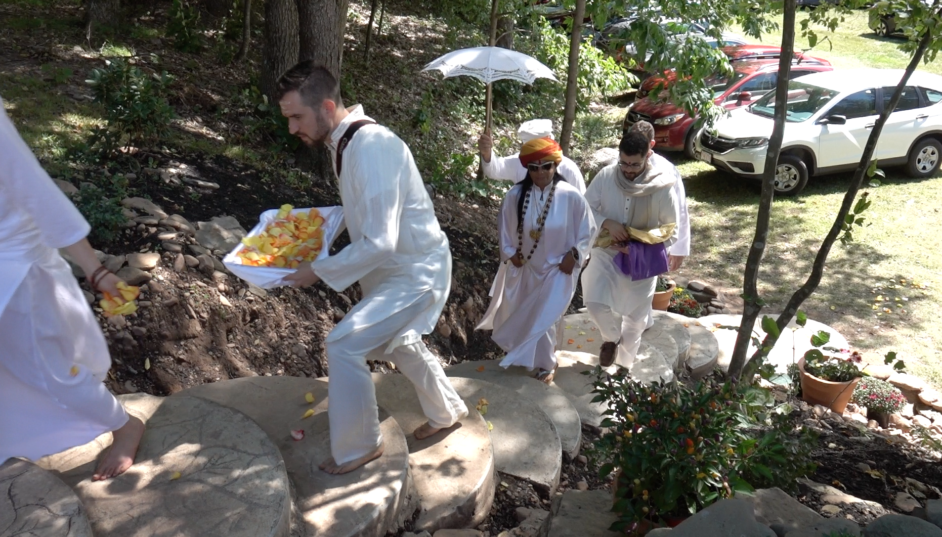 Sai Maa ascends stairs.png