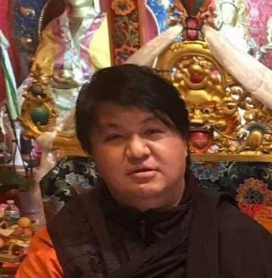 His Eminence Dungse Tulku Namgyal Dawa Rinpoche